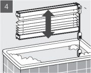 4. Po 15 minutách Plisé rozviňte a okamžitě nechte vodu vytéct z voštin.