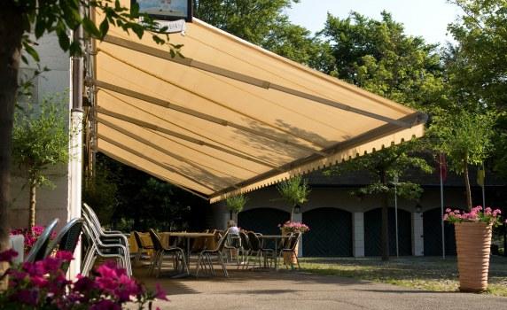 Určeno pro velké restaurace nebo soukromé zahradní terasy
